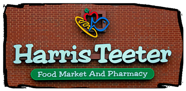 Harris Teeter Food Marker and Pharmacy