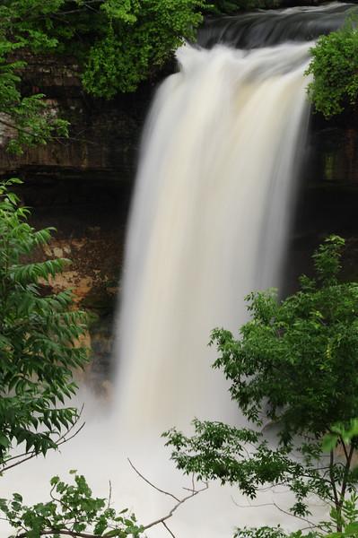 20140630_Minnehaha Falls-12x18