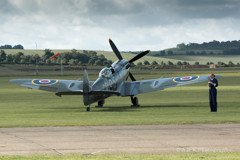 Duxford spitfire parked up