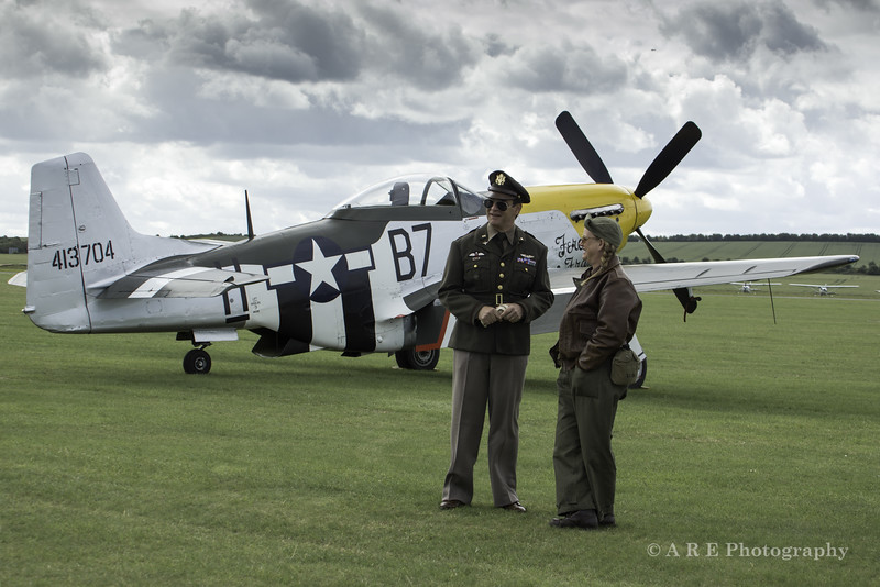 Duxford mustang and american ground crew