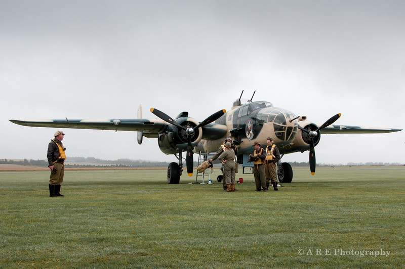 Duxford Mitchell B 52 and ground crew