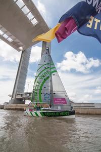 Prologue de la Solitaire du Figaro 2013 - Convoyage des 41 voiliers de Bordeaux à Pauillac (Médoc).
