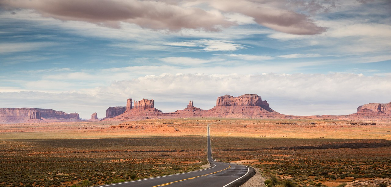 Looking south at Monument Valley from Rte 163, Utah