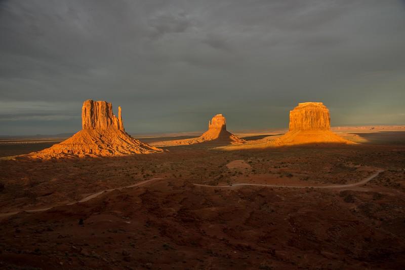 Sunset light on West Mitten, East Mitten and Merrick Butte