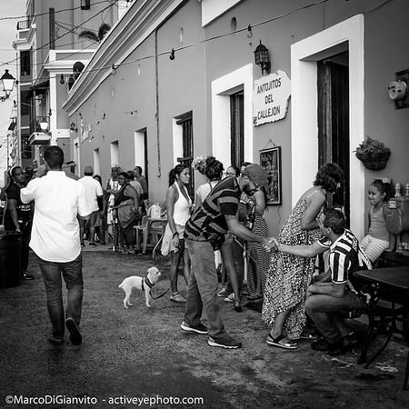 Puerto Rico - disfrutando el atardecer en el Viejo San Juan