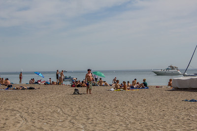 Clothing optional beach in Toronto, Ontario