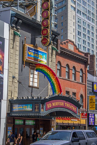 WIzard of Oz on stage at the Ed Mirvish Theatre in Toronto