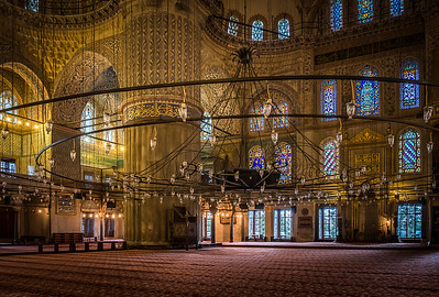 To get images of the spectacular Blue Mosque, with no tourists in the shot... Get there at 6:30am!!