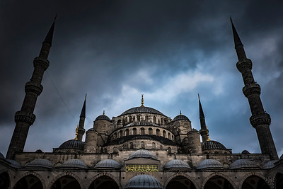 Blue Mosque in Istanbul early in the morning with a beautiful sky.