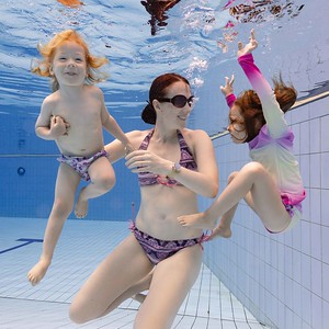 Underwater Kids and Family