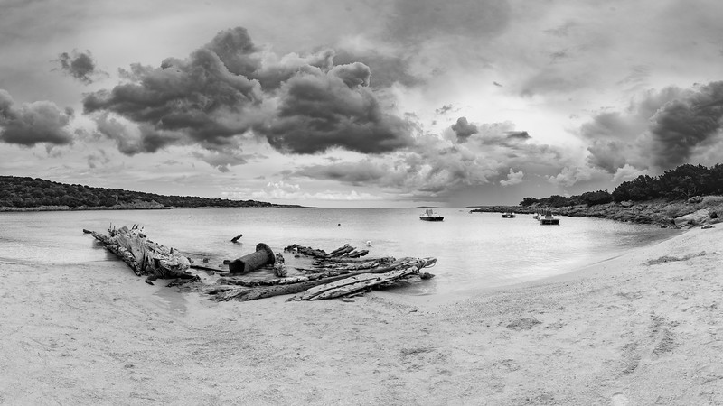 Spiaggia del Relitto, Caprera (16:9)