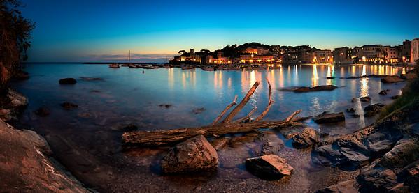 Baia del Silenzio at sunset