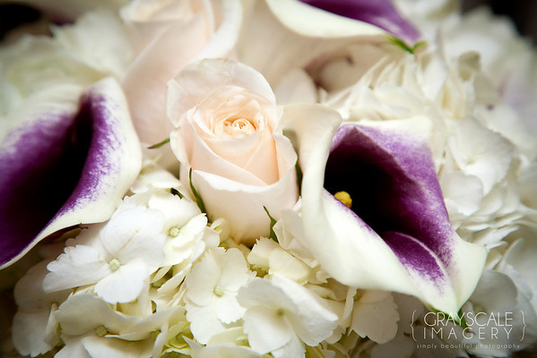 The bouquet, roses, cala lilies, hydrangea