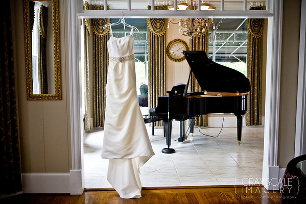 The wedding gown and piano - Victoria Belle Mansion