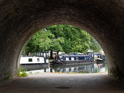 River boat at Windsor. View from under the arch
