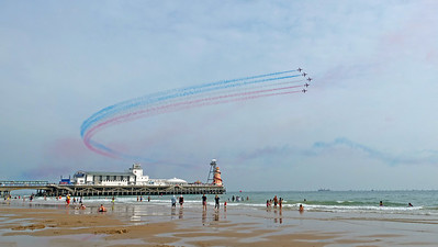 Red Arrows fly above Bournemouth Pier in Air Festival 2021