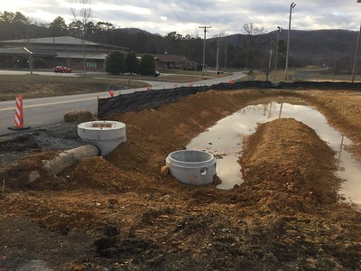 Retention pond for parkinglot