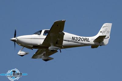 CIRRUS SR22;N320RL