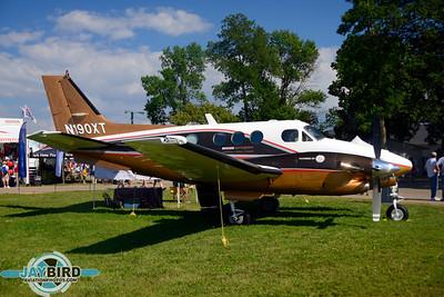 KING AIR C90A;N190XT
