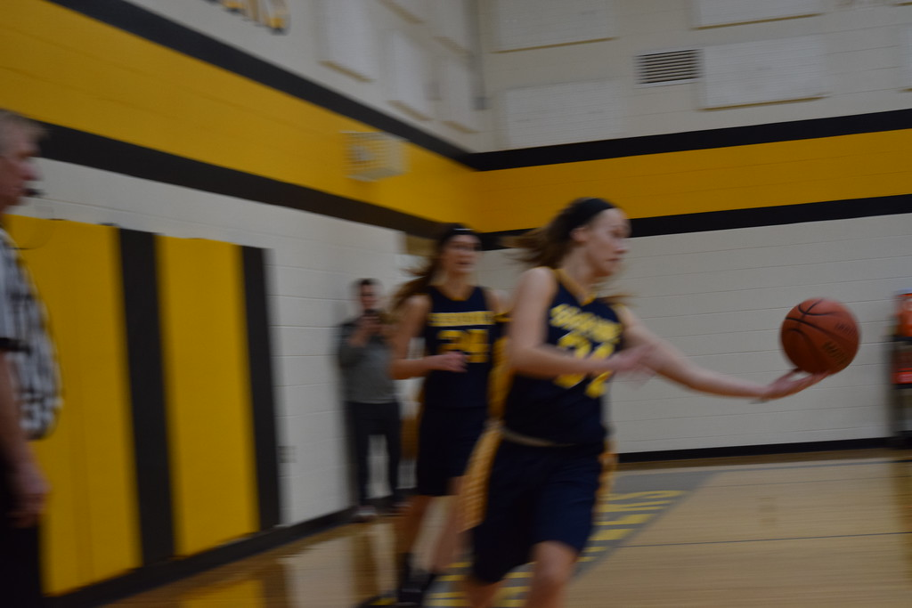 . Royal Oak Shrine defeated Everest Collegiate, 60-29, in girls basketball action on Tuesday night. (Photo by Paula Pasche)