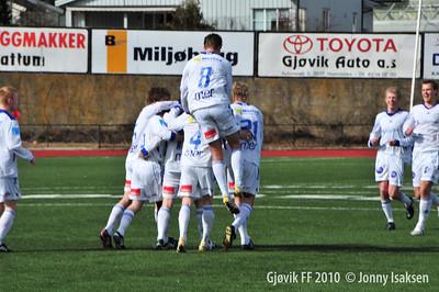 Gjøvik FF - Søndre Land 17/04/2010     Foto: Jonny Isaksen