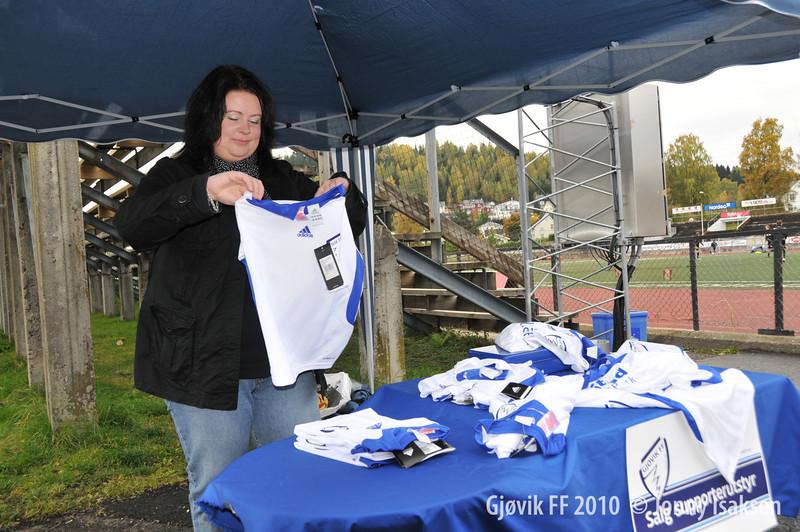 Gjøvik FF - Ottestad 02/10/2010     --- Foto: Jonny Isaksen