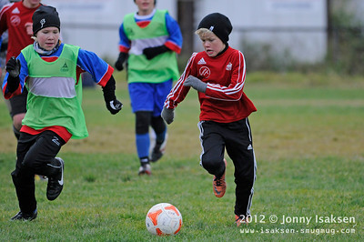 GJØVIK LYN Lillegutt 2001   /   Grorud 13/10/2012   --- Foto: Jonny Isaksen
