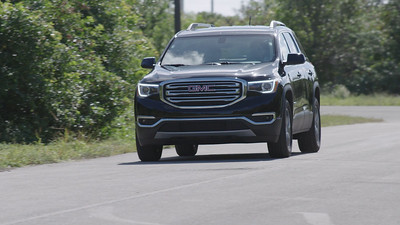 2018 GMC Acadia SLT Driving Reel