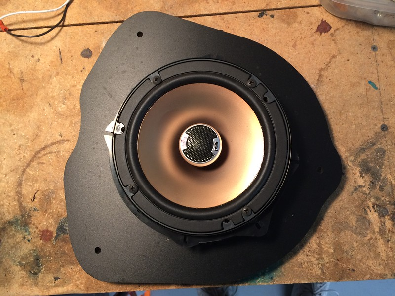 "Aftermarket speaker mounted to speaker adapter from <a href=""http://car-speaker-adapters.com/items.php?id=SAK079""> Car-Speaker-Adapters.com</a>"