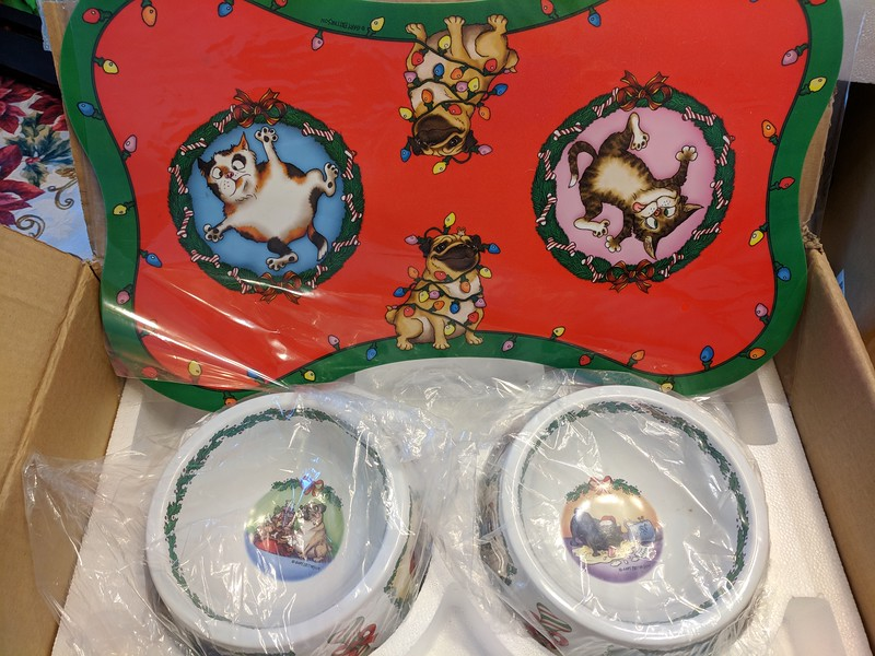 Danbury Mint Christmas Pug Bowls - Gary Larsen
