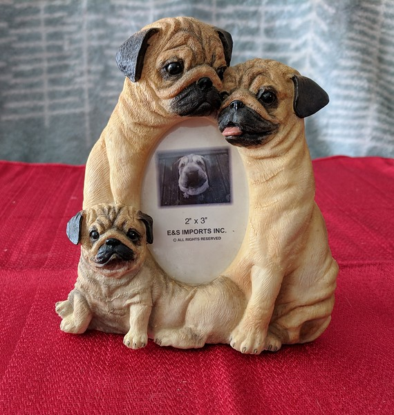 E & S Imports 3 Pug Photo Frame - Two of these