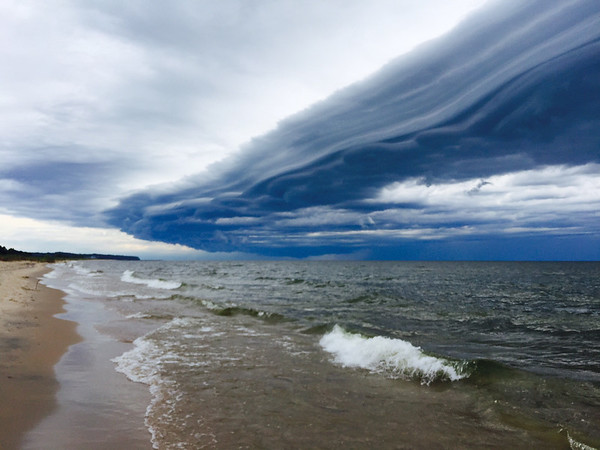 Storm line blowing in on Lake Michigan. Photo by Mary McGinnis.