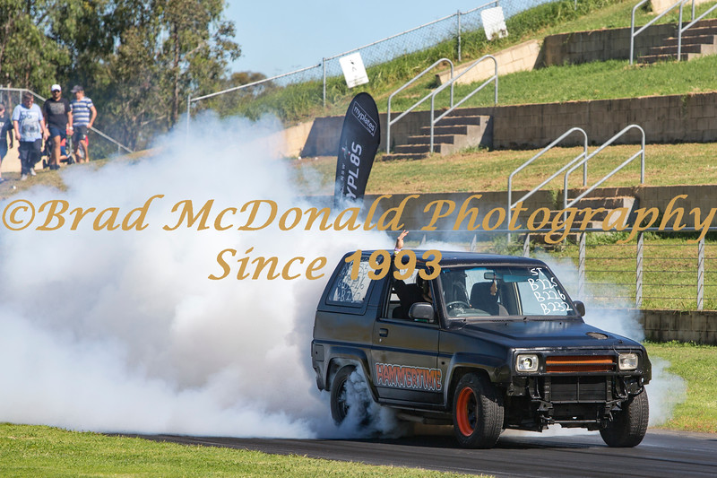 BRAD McDONALD GOOD FRYDAY BURNOUTS 201704140209