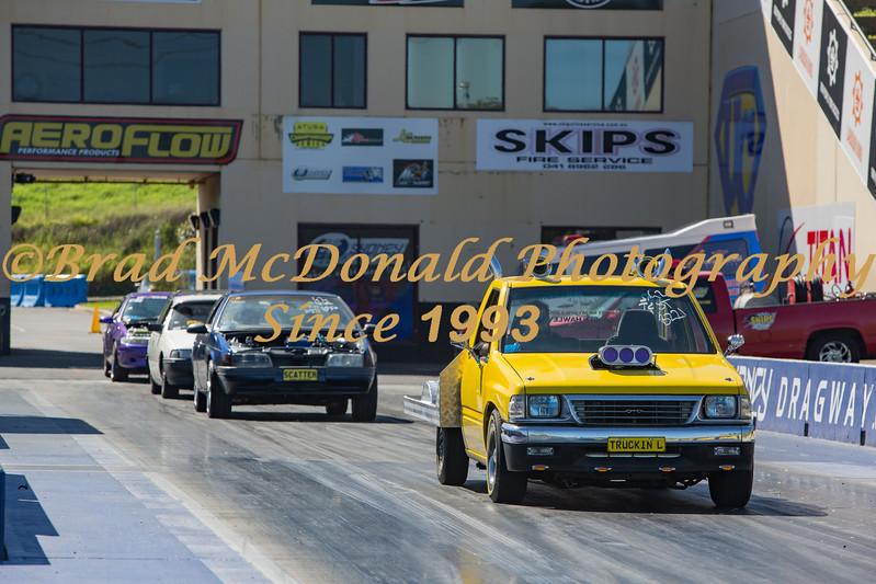 BRAD McDONALD GOOD FRYDAY BURNOUTS 201704140485