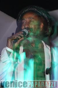 05 30 09  Good Hurt Night Club   12249 Venice Blvd    www goodhurt net   Timewarp Music www timewarpmusic com  Enter the Dragon   Reggae musice   Tom Chasteen, Boss Harmony, Dub Club, Jah Faih www venicepaparazzi com (1)