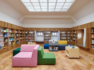 11 Bibliothek