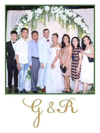 GR-Wedding-Photobooth-in-Saigon-HoChiMinhCity-Chup-hinh-in-anh-lay-lien-Tiec-cuoi-tai-Vietnam-WefieBox-Photobooth-Vietnam-012