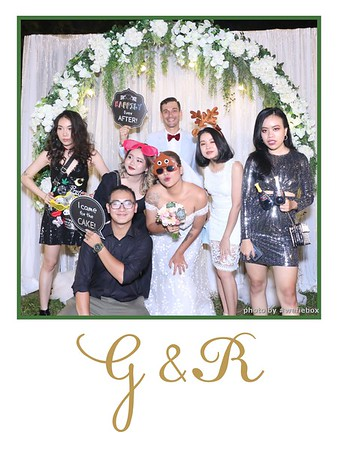 GR-Wedding-Photobooth-in-Saigon-HoChiMinhCity-Chup-hinh-in-anh-lay-lien-Tiec-cuoi-tai-Vietnam-WefieBox-Photobooth-Vietnam-027