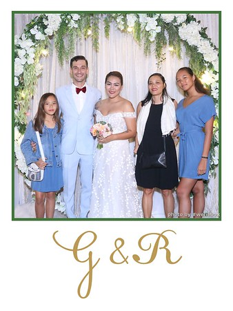 GR-Wedding-Photobooth-in-Saigon-HoChiMinhCity-Chup-hinh-in-anh-lay-lien-Tiec-cuoi-tai-Vietnam-WefieBox-Photobooth-Vietnam-046