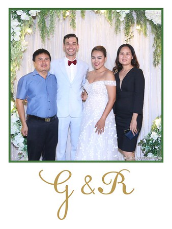 GR-Wedding-Photobooth-in-Saigon-HoChiMinhCity-Chup-hinh-in-anh-lay-lien-Tiec-cuoi-tai-Vietnam-WefieBox-Photobooth-Vietnam-014