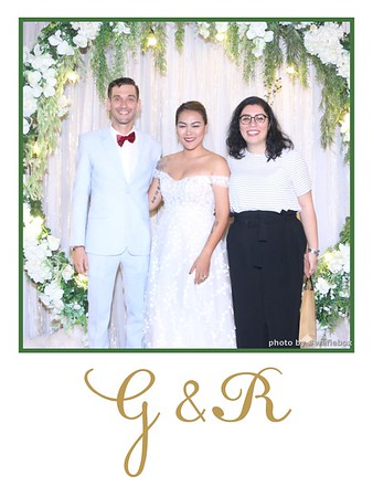 GR-Wedding-Photobooth-in-Saigon-HoChiMinhCity-Chup-hinh-in-anh-lay-lien-Tiec-cuoi-tai-Vietnam-WefieBox-Photobooth-Vietnam-009