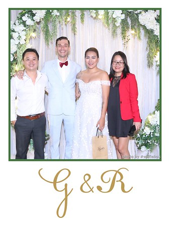 GR-Wedding-Photobooth-in-Saigon-HoChiMinhCity-Chup-hinh-in-anh-lay-lien-Tiec-cuoi-tai-Vietnam-WefieBox-Photobooth-Vietnam-011
