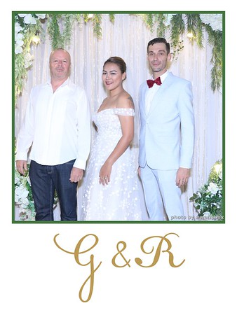 GR-Wedding-Photobooth-in-Saigon-HoChiMinhCity-Chup-hinh-in-anh-lay-lien-Tiec-cuoi-tai-Vietnam-WefieBox-Photobooth-Vietnam-001