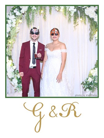 GR-Wedding-Photobooth-in-Saigon-HoChiMinhCity-Chup-hinh-in-anh-lay-lien-Tiec-cuoi-tai-Vietnam-WefieBox-Photobooth-Vietnam-006