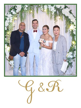 GR-Wedding-Photobooth-in-Saigon-HoChiMinhCity-Chup-hinh-in-anh-lay-lien-Tiec-cuoi-tai-Vietnam-WefieBox-Photobooth-Vietnam-042