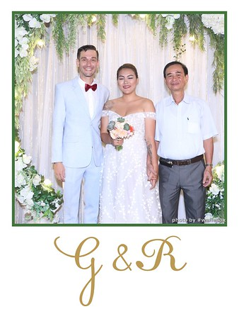 GR-Wedding-Photobooth-in-Saigon-HoChiMinhCity-Chup-hinh-in-anh-lay-lien-Tiec-cuoi-tai-Vietnam-WefieBox-Photobooth-Vietnam-019
