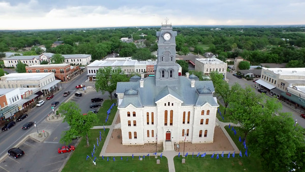 GRANBURY COURTHOUSE 360 FLY AROUND
