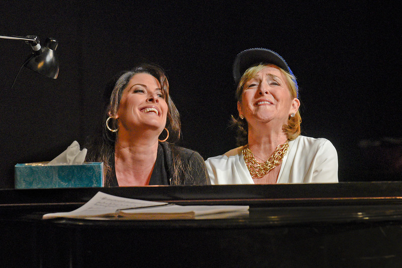Mezzo-sopranos Kate Aldrich (Arden Scott) and Frederica von Stade (Winnie Flato) in San Diego Opera's GREAT SCOTT, 2016. Photo by Karen Almond.