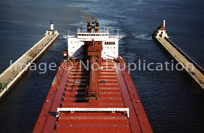 MV PAUL R. TREGURTHA, Oct. 31, 1999 - Arrive Duluth, proceed to SMET-Superior WI