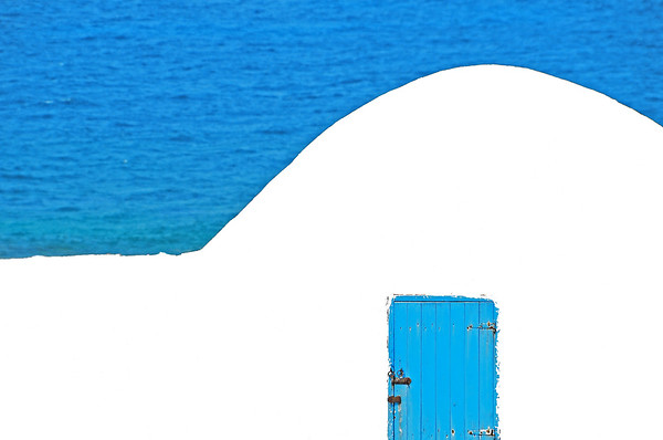 White curve